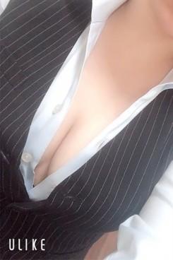 矢吹こころ【OL委員会】